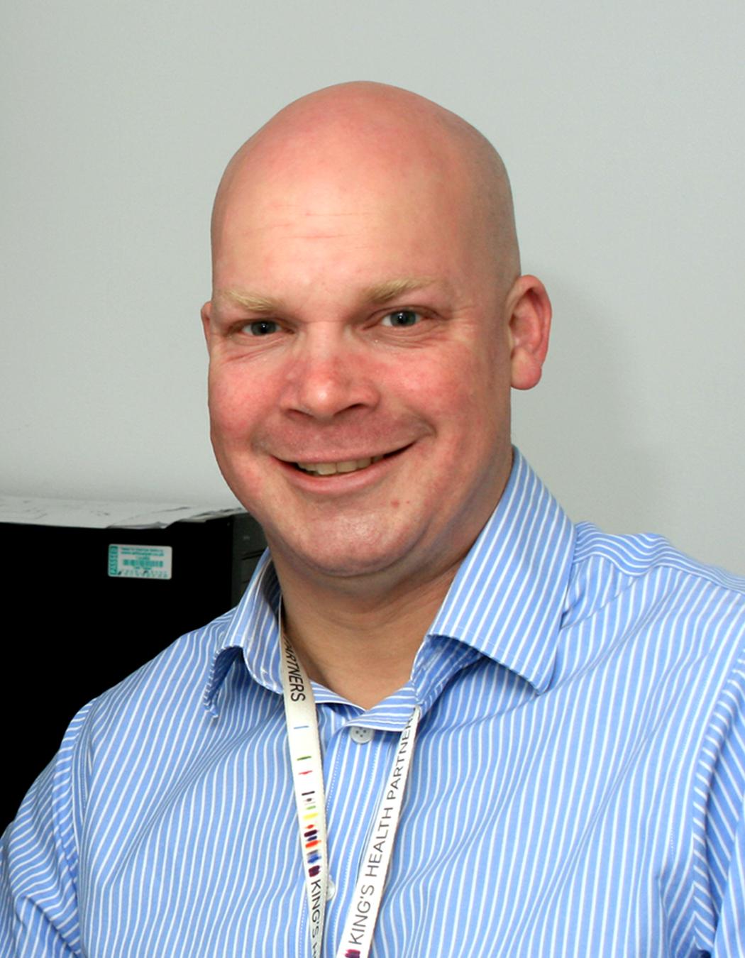 Dr Simon Pitchford