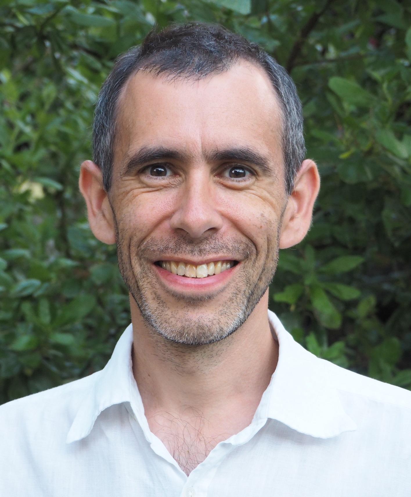 Dr Rupert Payne